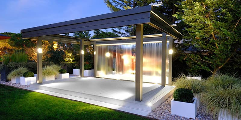 Toldo de patio con iluminacion